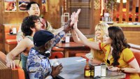 2 Broke Girls: Earl, Oleg, Han, Caroline and Max